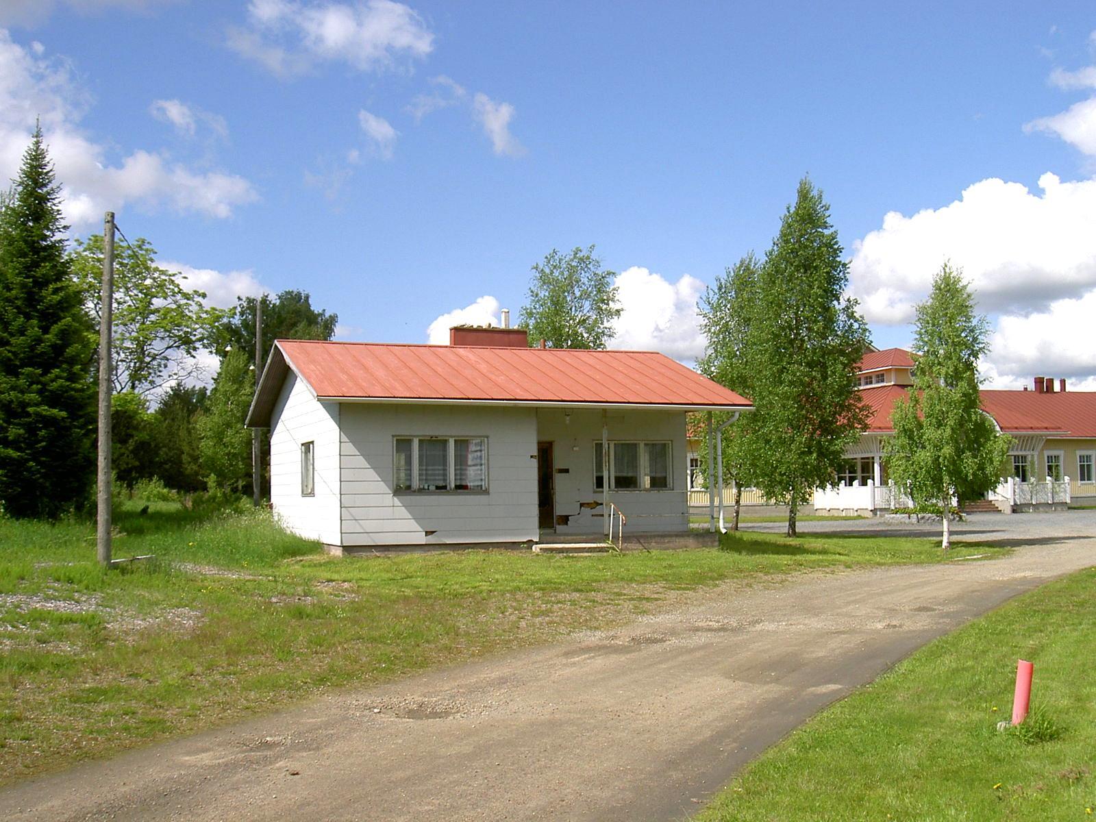Huset fotograferat från söder år 2003.