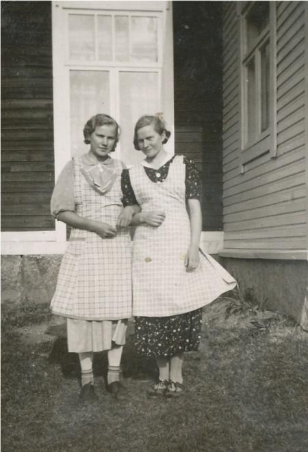 Edith och Ellen Agnäs.