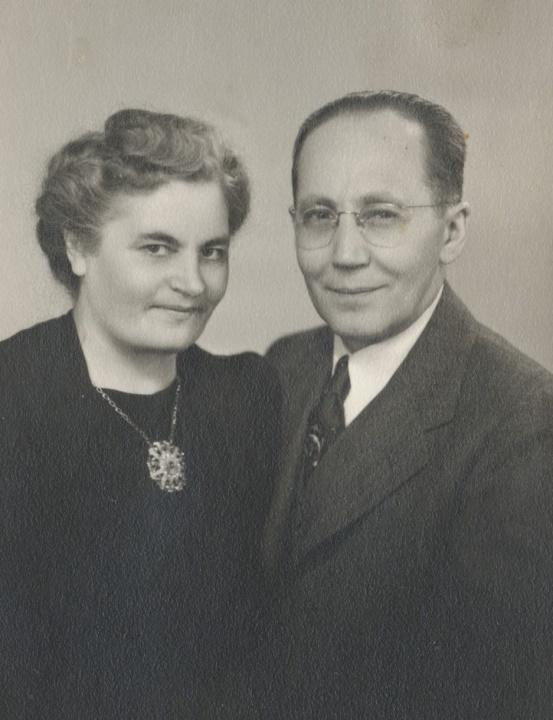 Här Cecilia Lillkull som i Amerika gifte sig med Emil Backman.