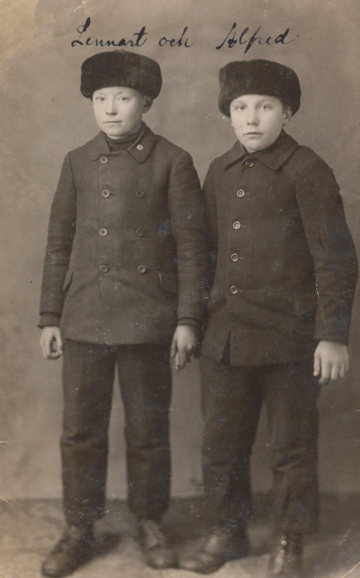 Till vänster Lennart Nyström tillsammans med Alfred Storkull, som den tiden bodde på Koll-Tå.