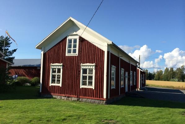 I den här så kallade Hemgårdas gården mittemot folkhögskolan i Lappfjärd föddes Henrik Agnäs år 1868.