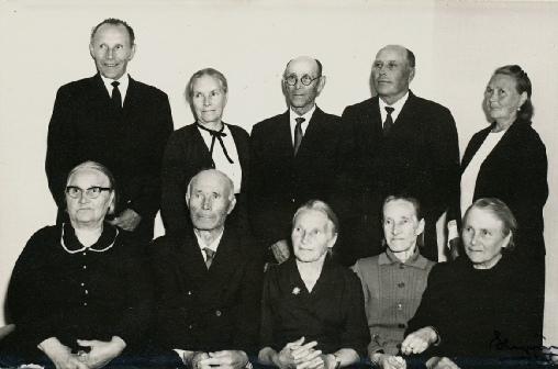 På bilden hela syskonskaran Kankaanpää. Upp till höger Roberts yngsta dotter Mathilda.