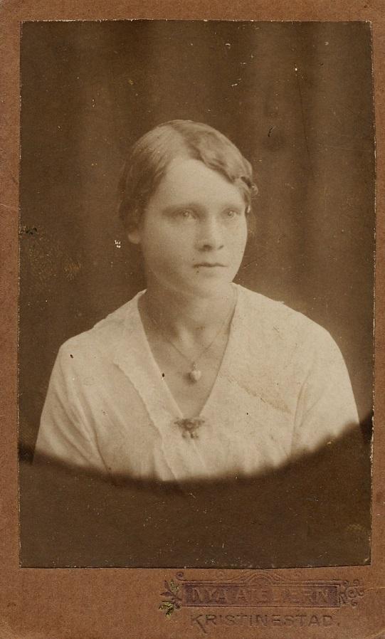 Här Anna Lillsjö i unga år.