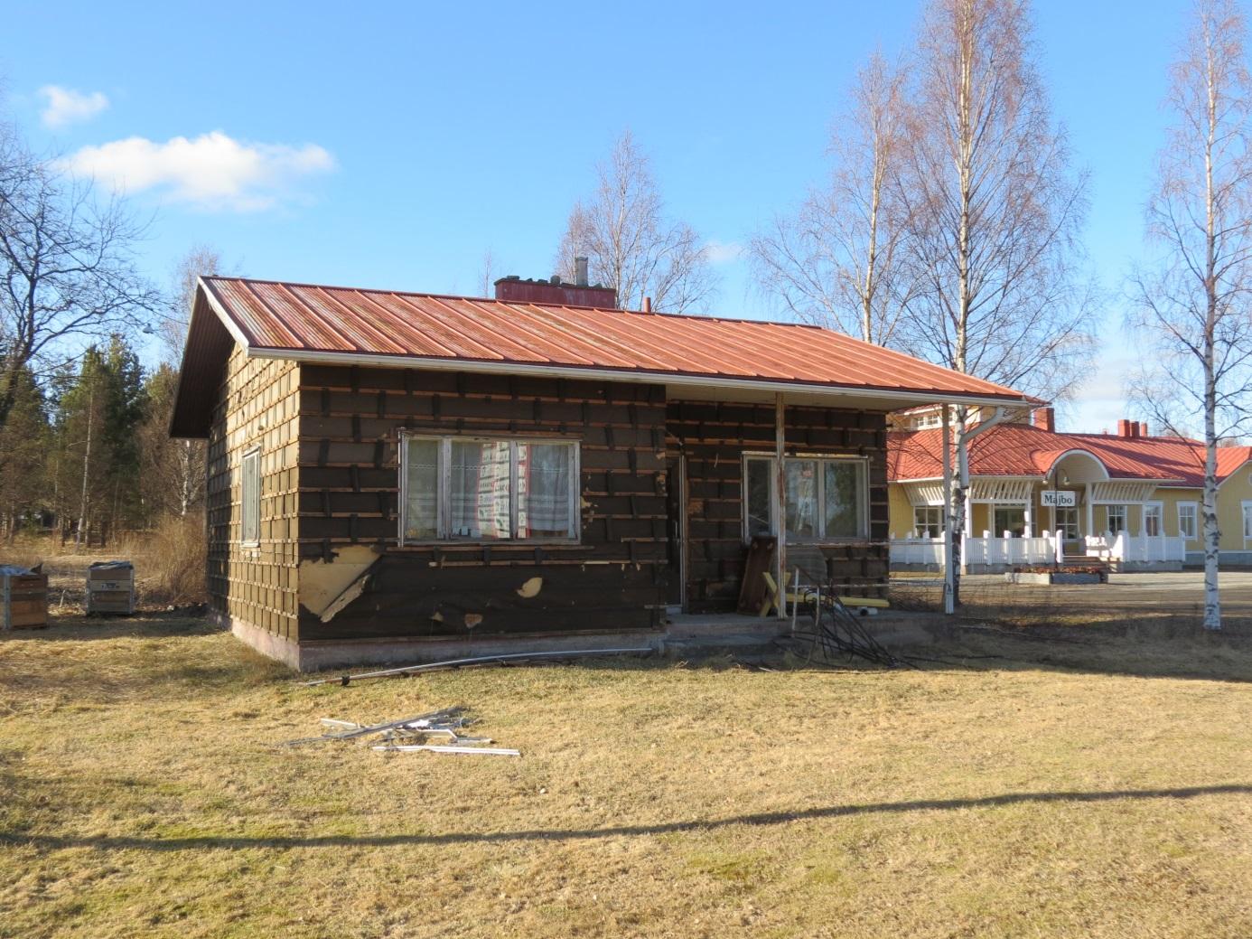 I april 2014 hade rivningsarbetet påbörjats och i dag finns ingenting kvar som visar var huset stått.