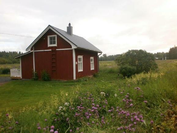 """Emil som kallades för """"Edlas-Emel"""" i folkmun, skulle känna sig nöjd om han såg hur vackert hans hus blev efter renoveringen."""