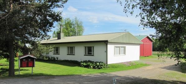 Ett av Vilhelm Mäkitalos barn byggde detta hus år 1969 och i början på 70-talet revs Klemes-Kalles och Finas hus, som stod öster om det nya huset. De nuvarande ägarna är barnbarnsbarn till Vilhelm Mäkitalo.
