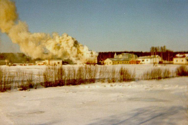 Som synes var rökutvecklingen enorm och huset fick stora materiella skador.