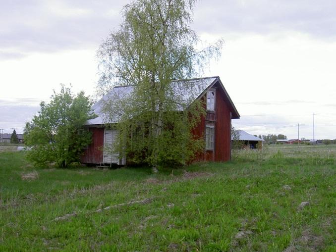 Huset fotograferat från gårdssidan år 2003.