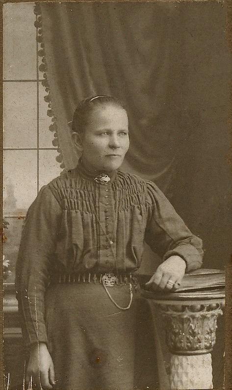 Här ett tidigt foto av Dragås-Hilda Kaskimäki.