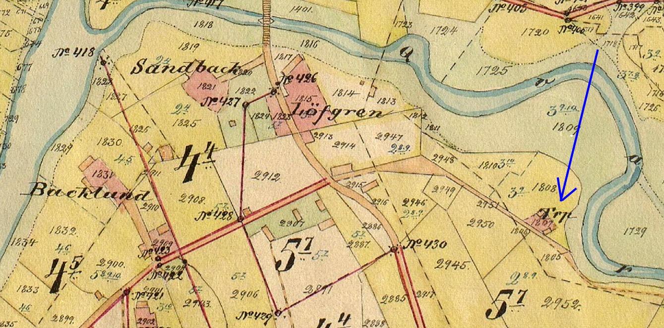På den gamla storskifteskartan från början på 1900-talet så ser vi bra var det gamla torpet låg, vackert belägen där Lillån gör en tvär krök och där åbranten är ovanligt hög.