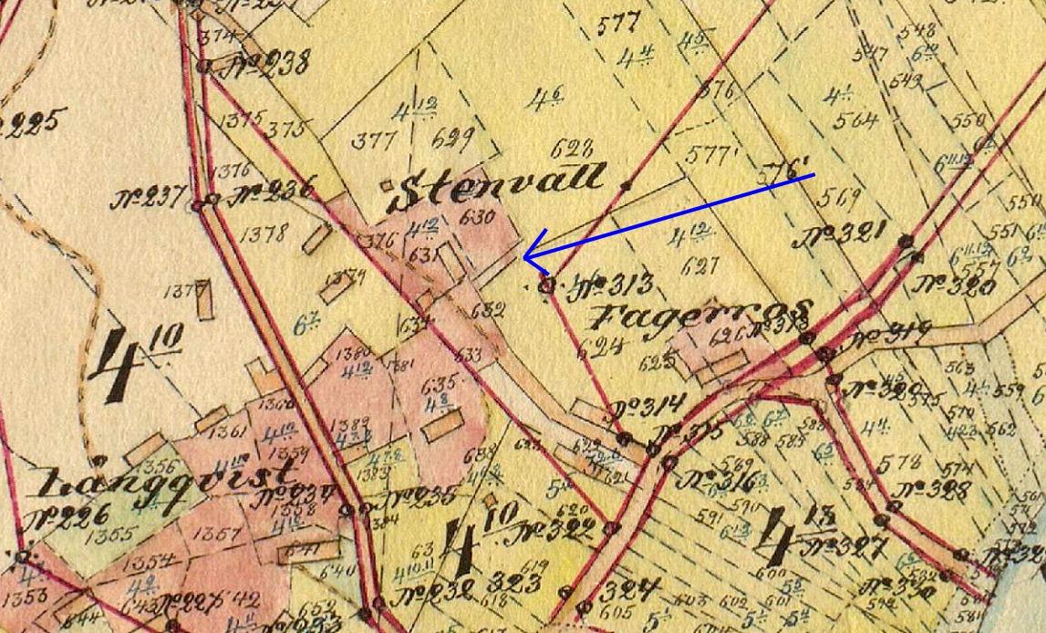 Här på storskifteskartan så ser vi var Kaalas-Hindrikas gård stod i början på 1900-talet. Här blev Josef Henrik Storkull från Brobackan måg då han gifte sig med Maria Lång.