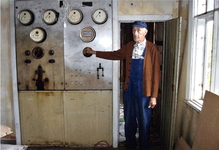 Manöverpanelen i kontrollrummet. Foto: Yliluoma