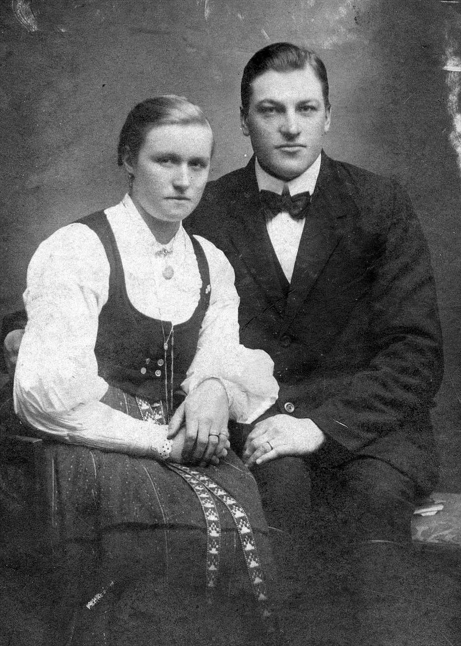 Här det unga paret Julanda och Artur Mitts.