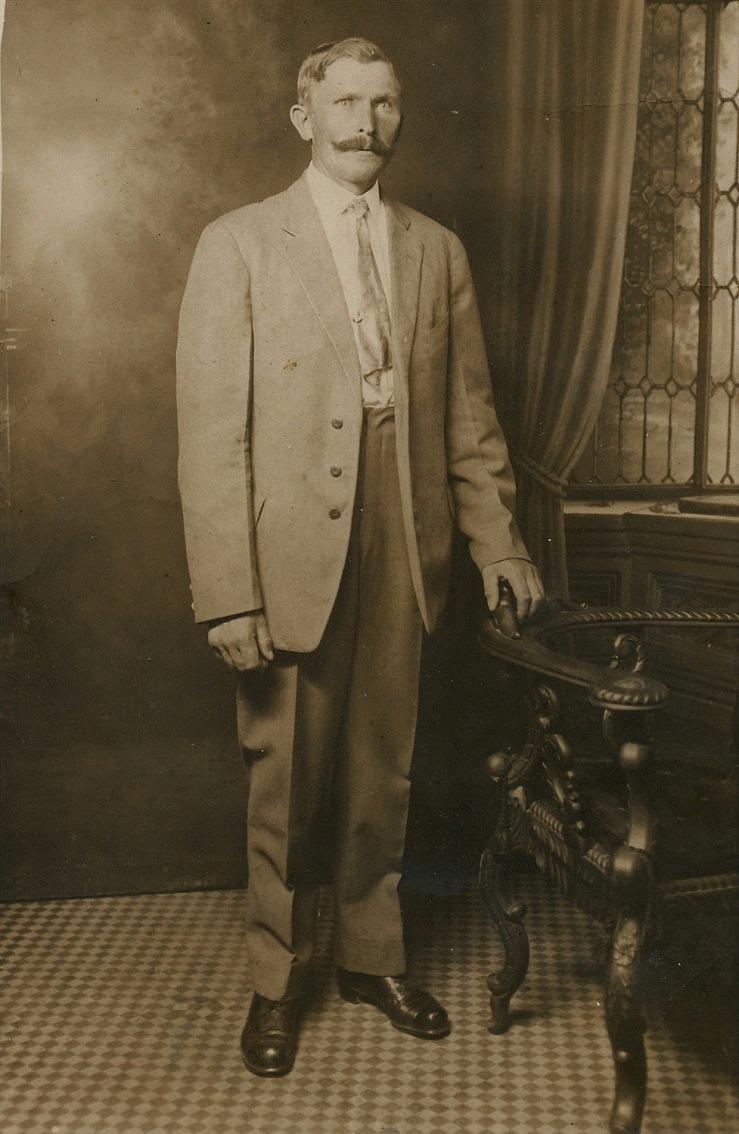 På bilden Otto Lillkull, fotograferad i Amerika.