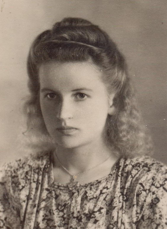 Här Ethel Backlund i unga år, före hon gifte sig med Veli Kangas.