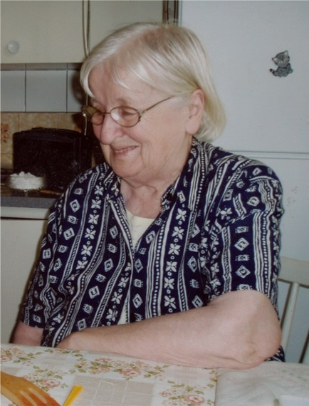 Här Ethel Kangas.