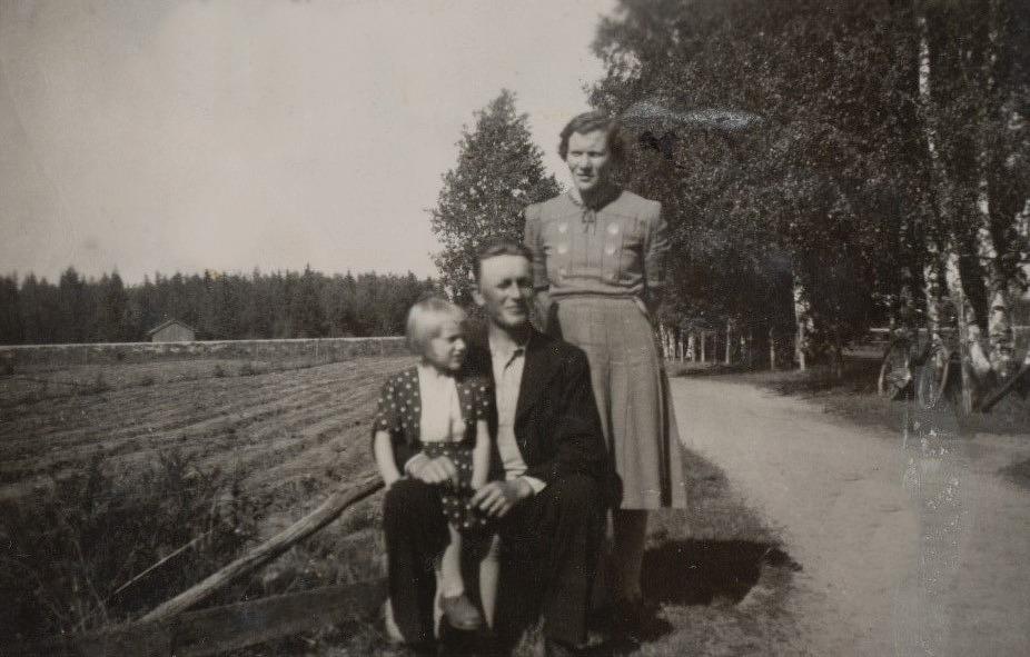 Gunnar och Guldi Lillkull med dottern Karin.