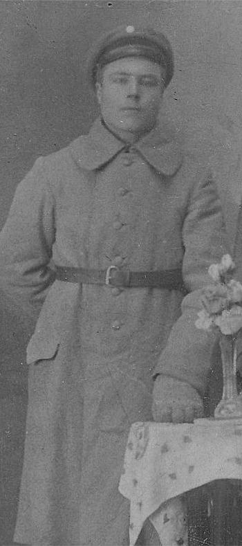 Selim Lillkull i militären.