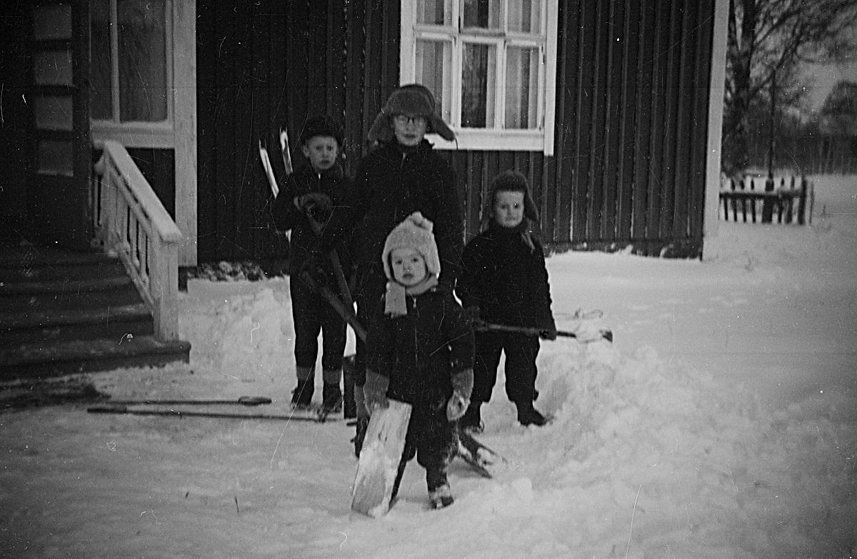 Snöskottare i farten i slutet på 50-talet.
