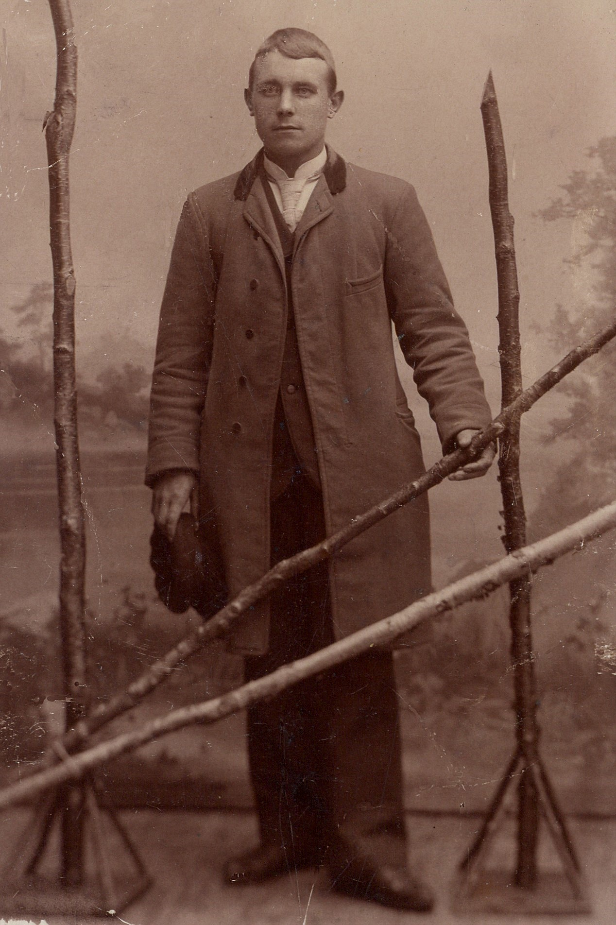 På bilden den unge Johan Viktor Solfvin från Kristinestad.