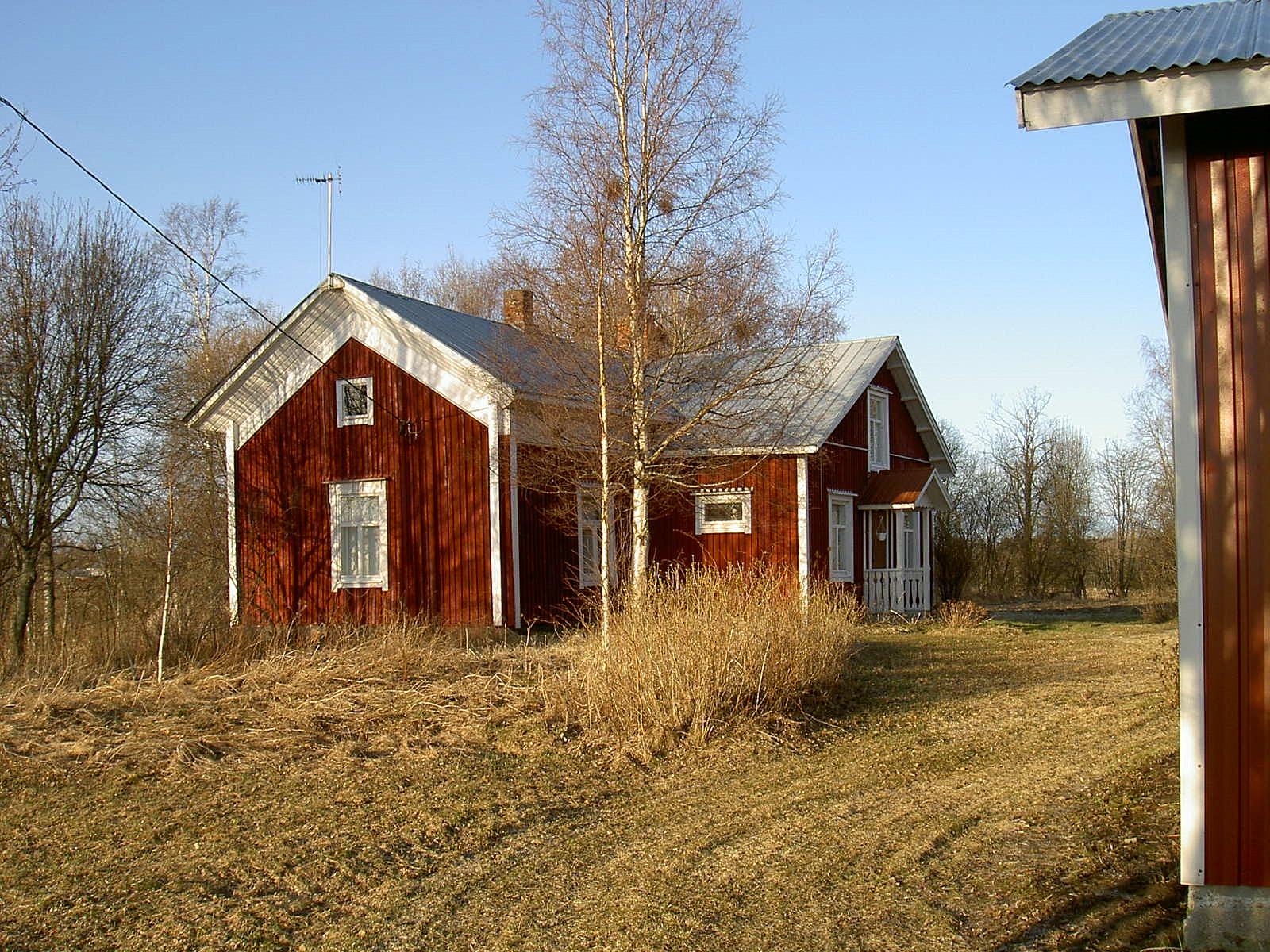 """""""Dal"""" Frans Grönlunds gård fotograferad 2003 från sydväst."""