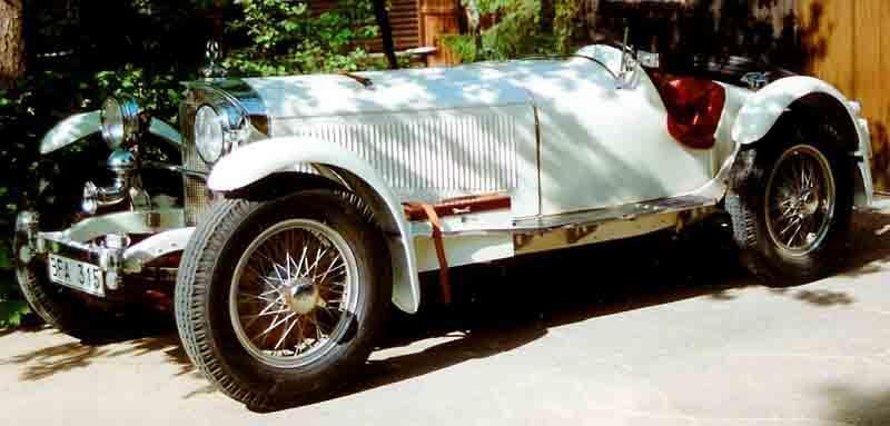 Här Kalle Ebbs Porsche som nu finns utställd på bilmuséet i Köping i Sverige.