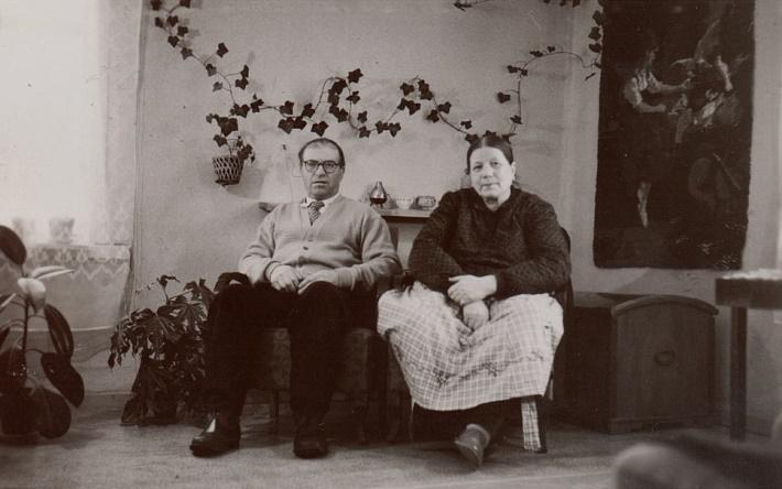 På bilden Emil och Hilma Sandbacka.