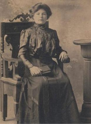 Amanda f. Klemets, gift Styris, född 1886.