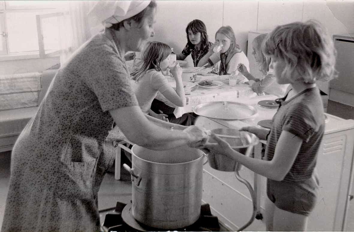 Margit var som en mor för skolbarnen.