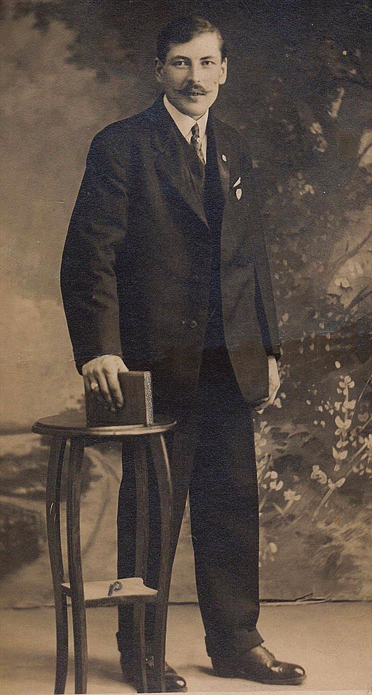 Här Beckaas-Josip, alltså Josef Lång fotograferad i Amerika.