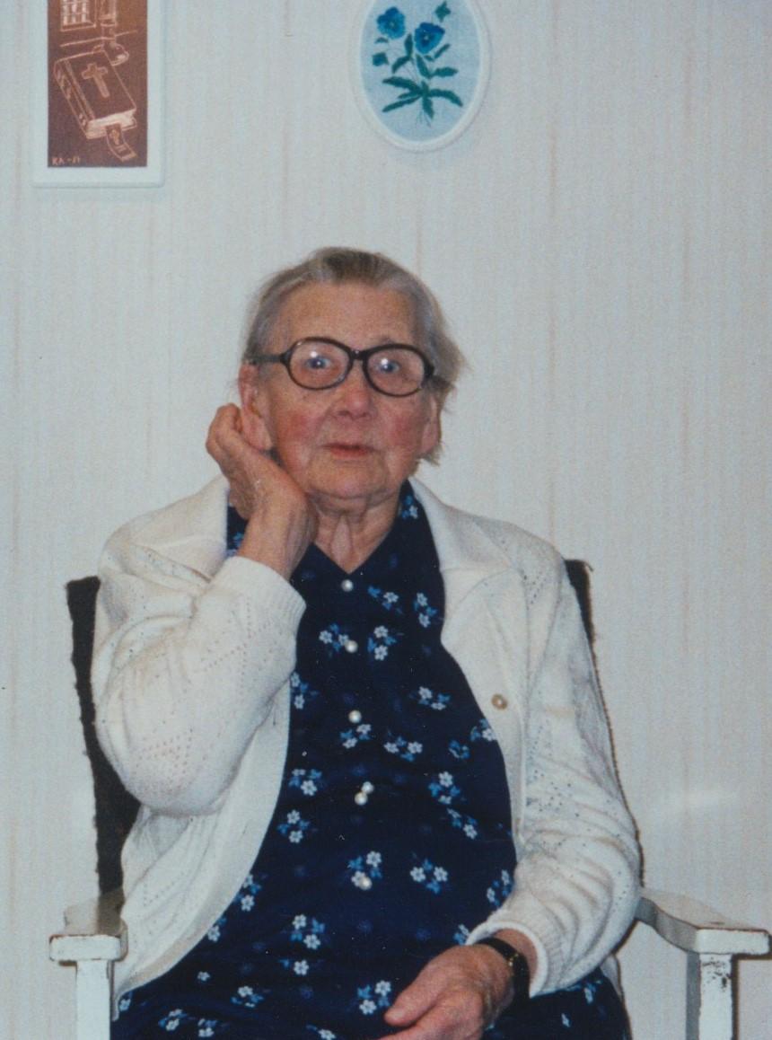 Hulda Nyholm år 2002.