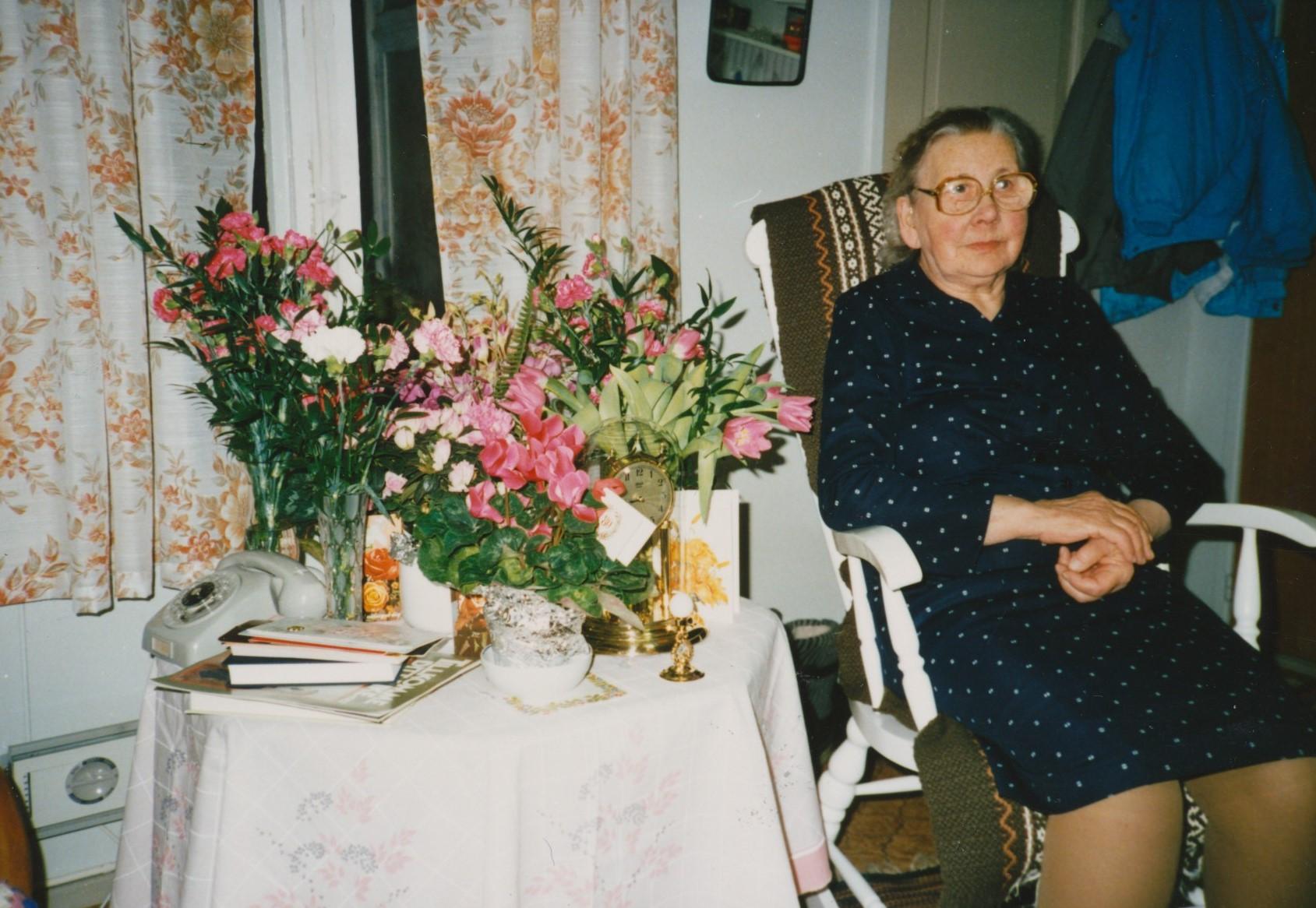 Hulda Nyholm på sin 80-års dag.