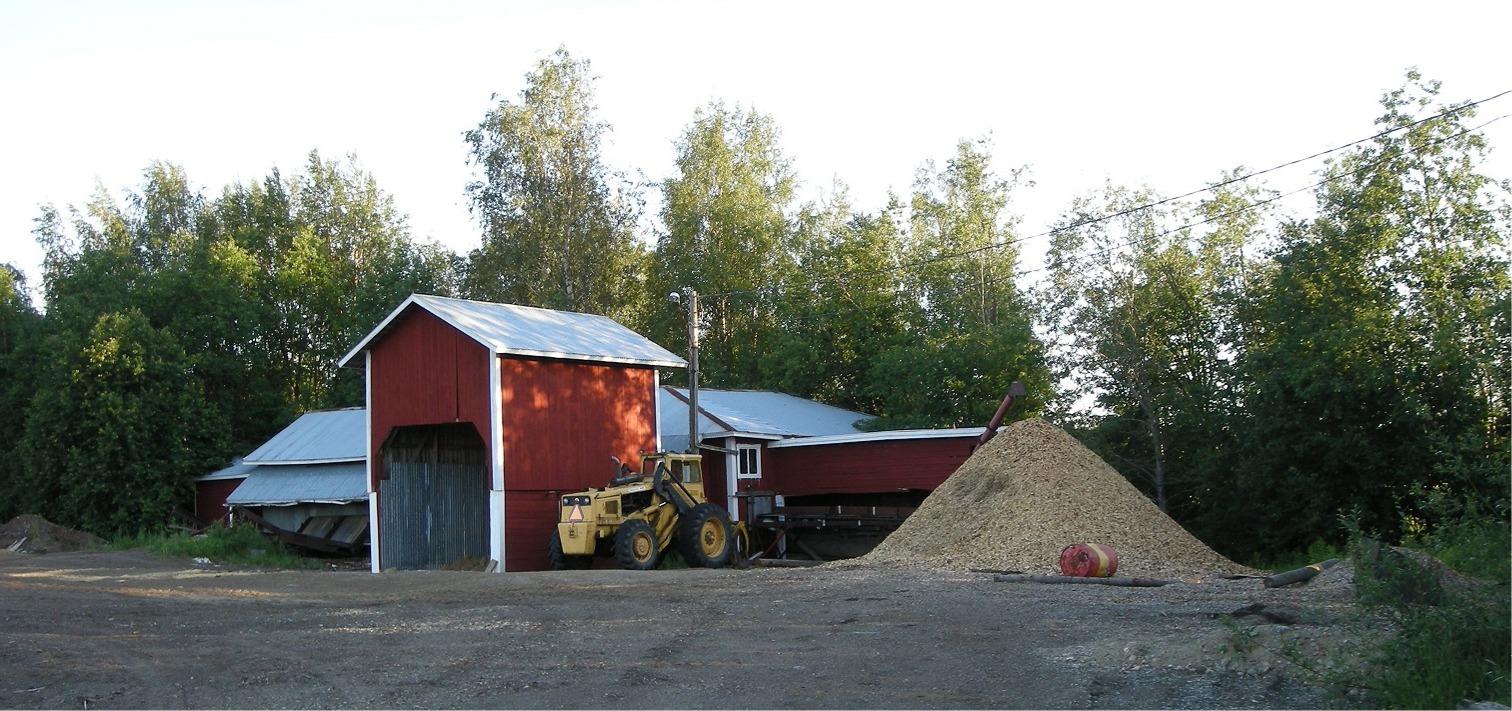 Så här såg Kvarnå Såg ut år 2008, ett par år efter att Mikael köpt sågen och hela området.