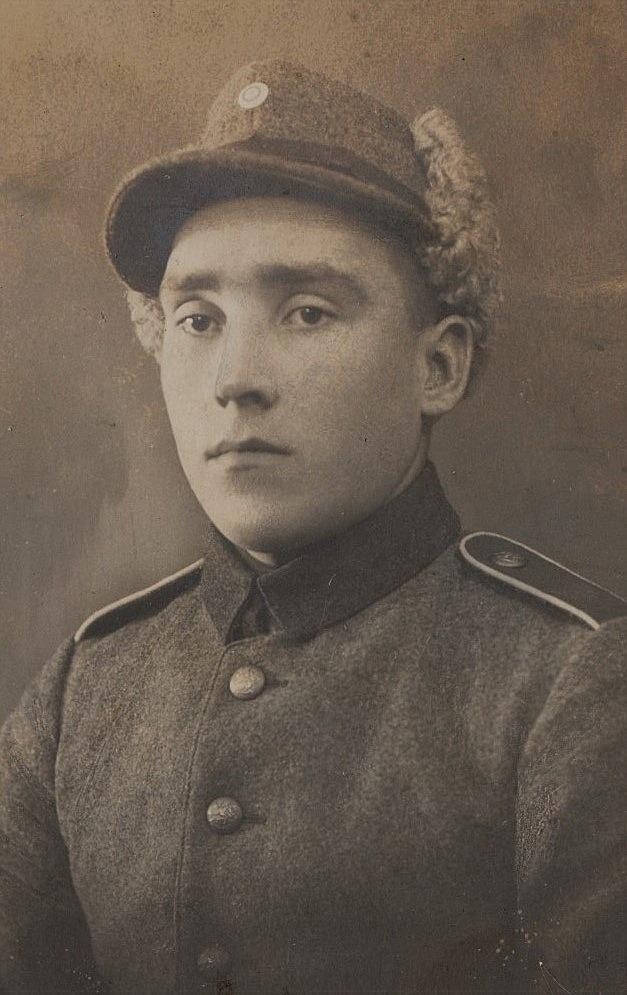 Emil Hammarberg i militären.