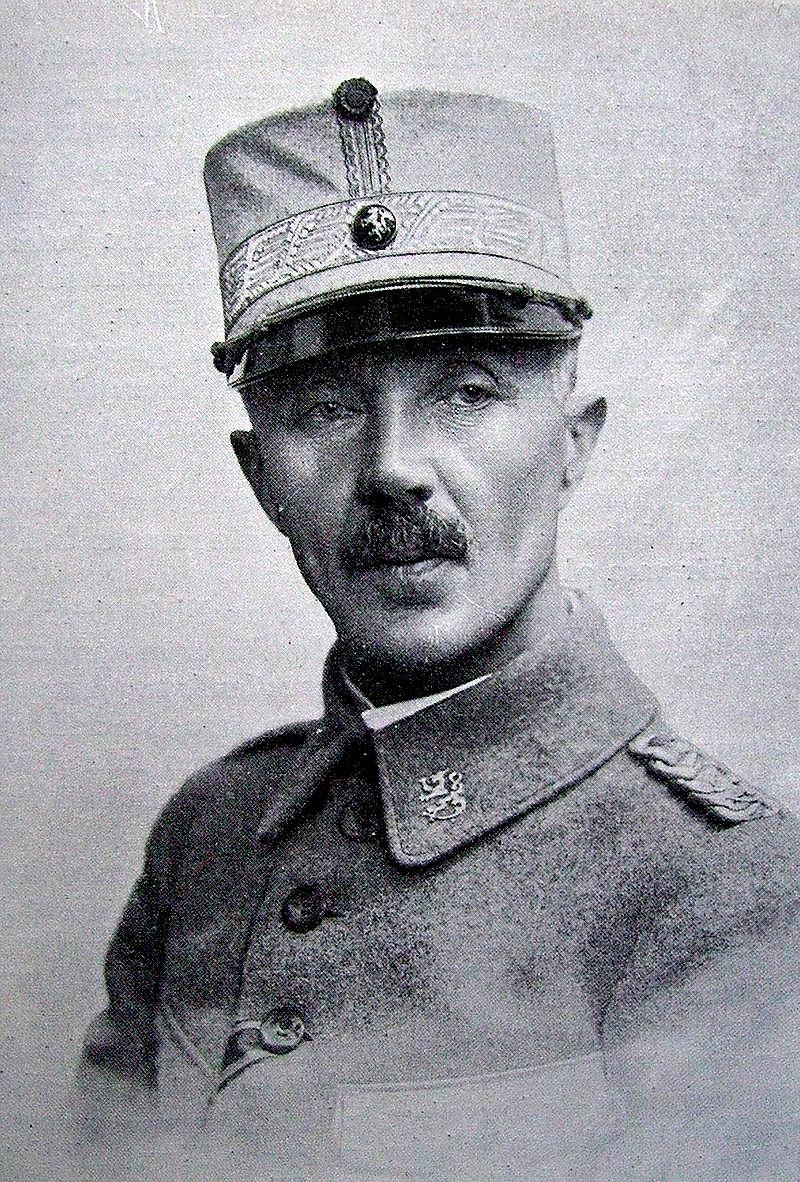 Martin Wetser (1868-1954) var den som ledde de vita trupperna då både Vasa och Tammerfors intogs i inbördeskriget 1918. I första världskriget mellan åren 1914 och 1917 var han officer i den ryska armén och deltog i striderna mot Tyskland men efter februarirevolutionen i Ryssland så återvände han till Finland.