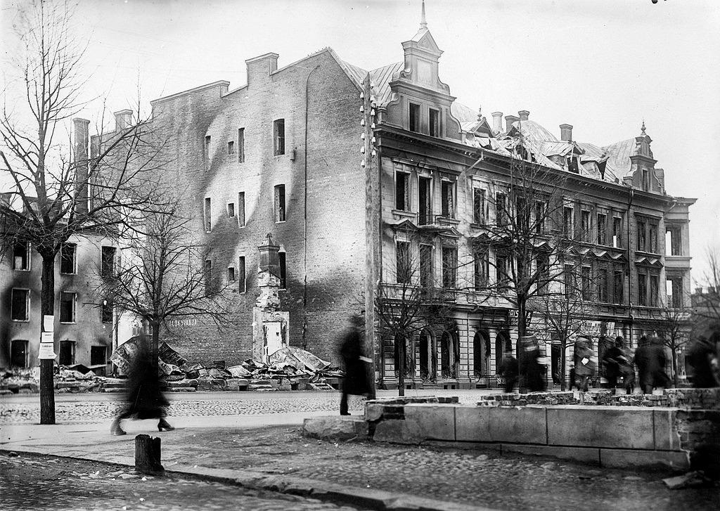 Efter striderna i april 1918 var Näsilinna svårt skadat.