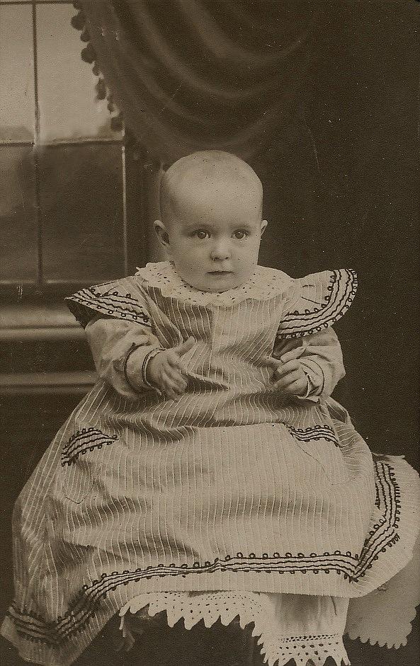 Här Signe Ekberg runt år 1910. År 1937 gifte hon sig med Leander Nyholm.