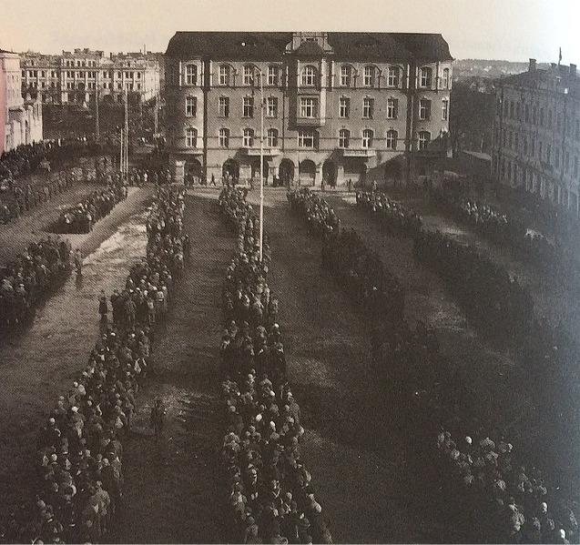 Mer än 10 000 rödgardister togs till fånga i Tammerfors i april 1918.