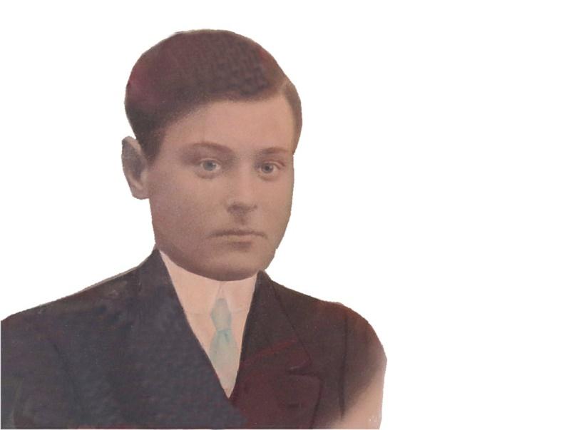 På fotot den unga Emil Klåvus som föddes i Starrängen men som sedan bodde på Stenvägen i Lappfjärd.