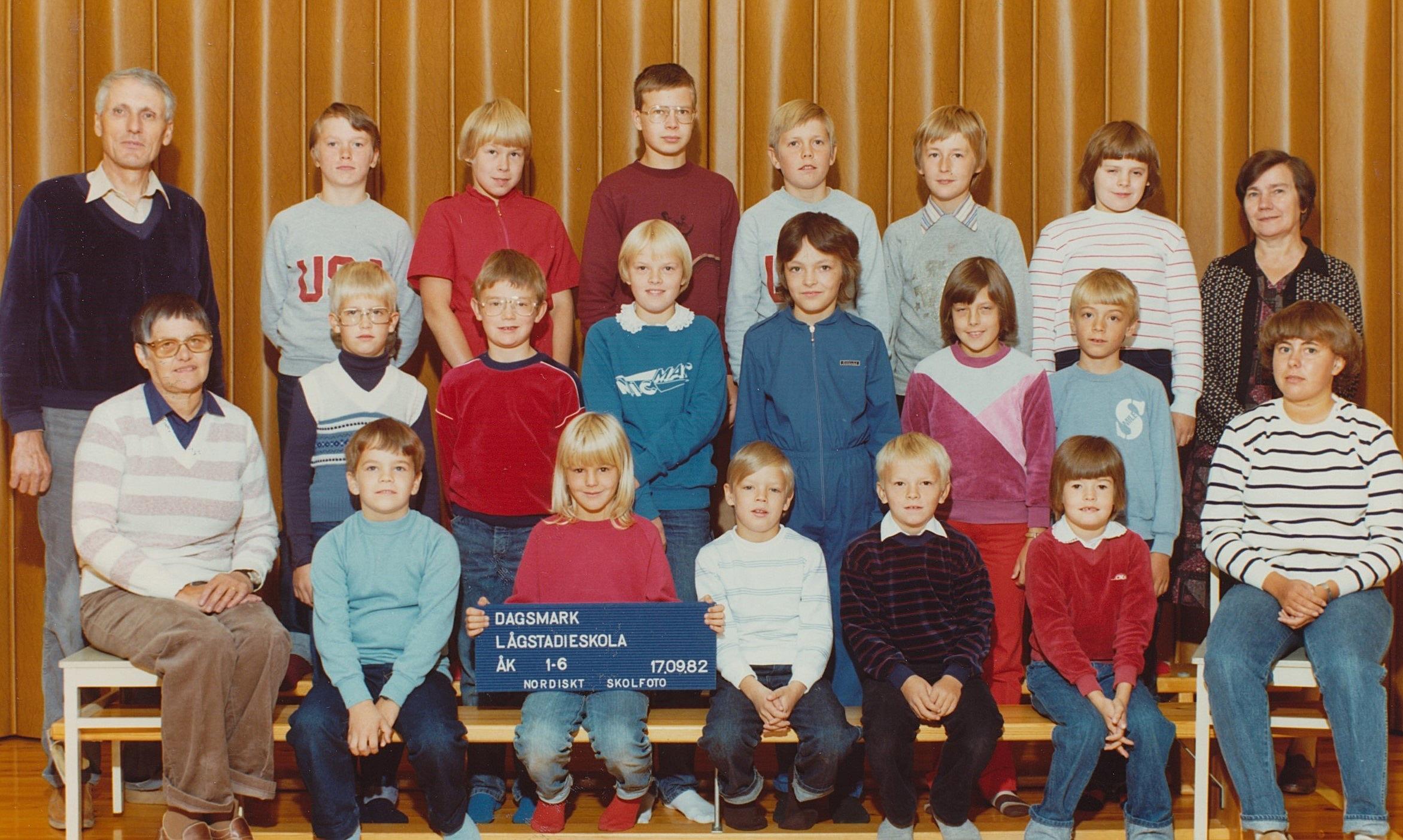År 1982, hela skolan.