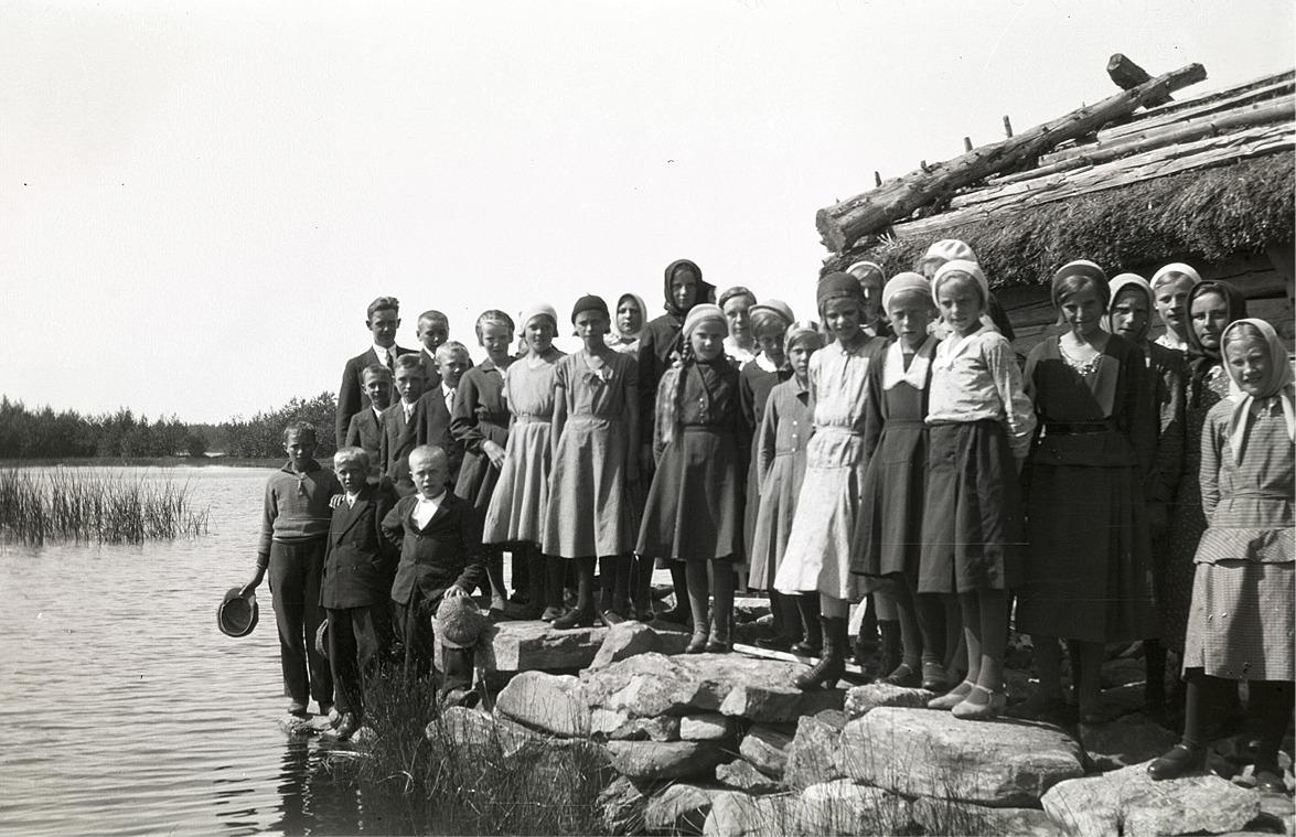 Lantbruksklubben på utfärd till havet 1931. Till vänster bland annat Birger Björses, Elis Knus, Erik Storkull senare Stens, Göta Hannus, Frida Solfvin, Elin Rosenback, Gerda Skogman och Ines Klockars.