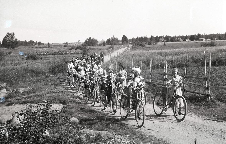 Klubben på cykelutfärd.