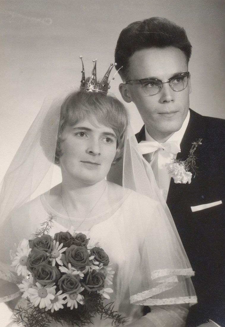 På bilden Rune Lindblad och hustrun Anna år 1964 och de flyttade sedan till Nybrovägen i Lappfjärd.