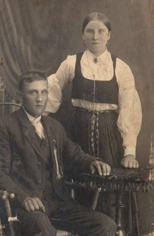 Josef och Alma Dahlroos.