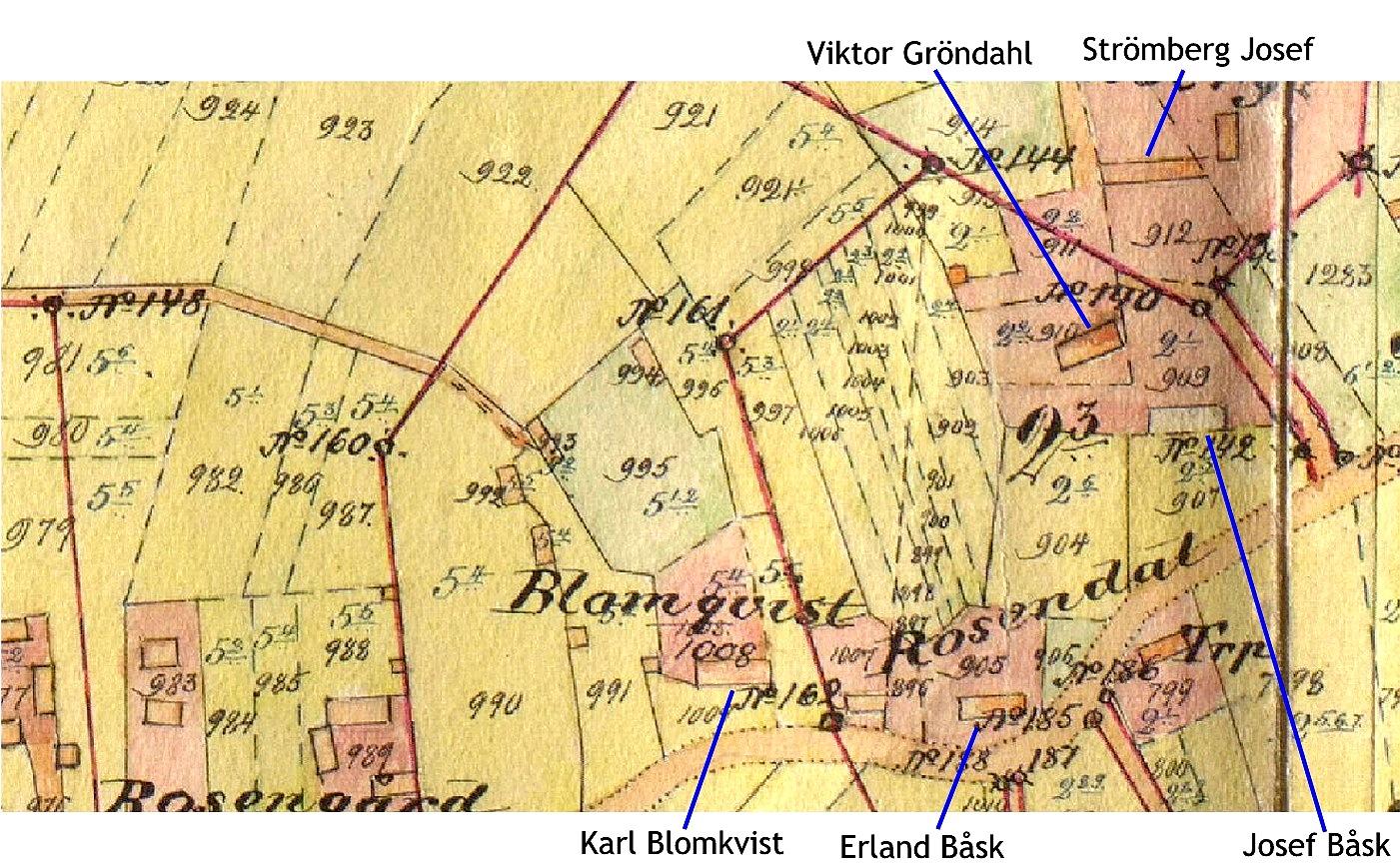 Här på storskifteskartan ser vi hur gårdarna var placerade i området runt Gröndahlas tå och Kias-kroken. Viktor Gröndahl och Josef Båsk var bröder och deras gårdar flyttades till Åbackan. Området togs sedan över av Erland Båsk på hemmanet Rosendal. Strömbergs gård uppe i högra hörnet finns fortfarande kvar på samma ställe.