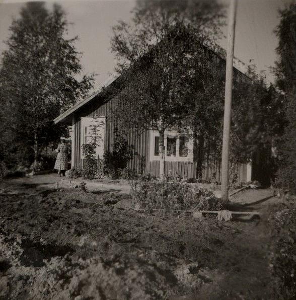 Skräddarinas på Åbackvägen 66.