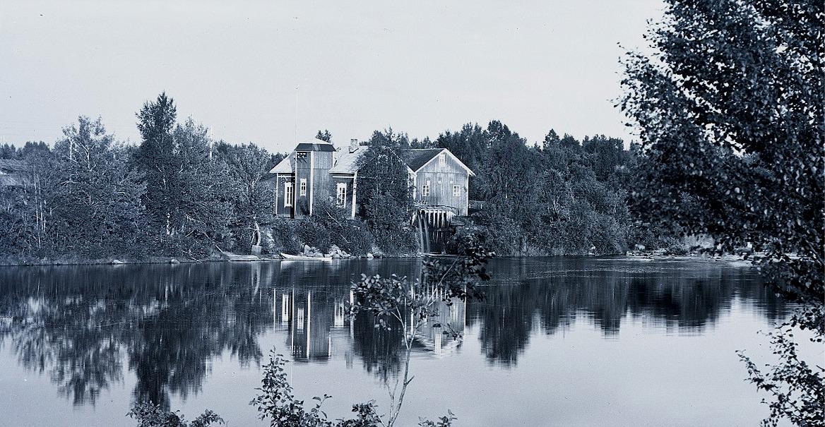 Ab Pärusfors´ elkraftverk producerade under en lång tid all den elektricitet som användes i Dagsmark, Lappfjärd och Kristinestad. Fotot från 1930-talet.