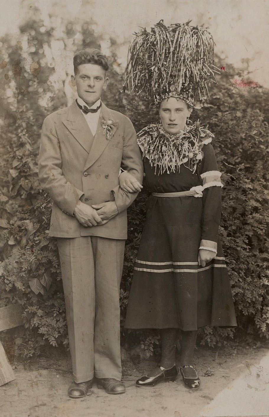 Erik Anders Klemets äldsta dotter Fanny gifte sig 1930 med Anselm Nygård från Korsbäck. Lyckan blev dock kortvarig, eftersom Fanny dog i barnsäng följande år.
