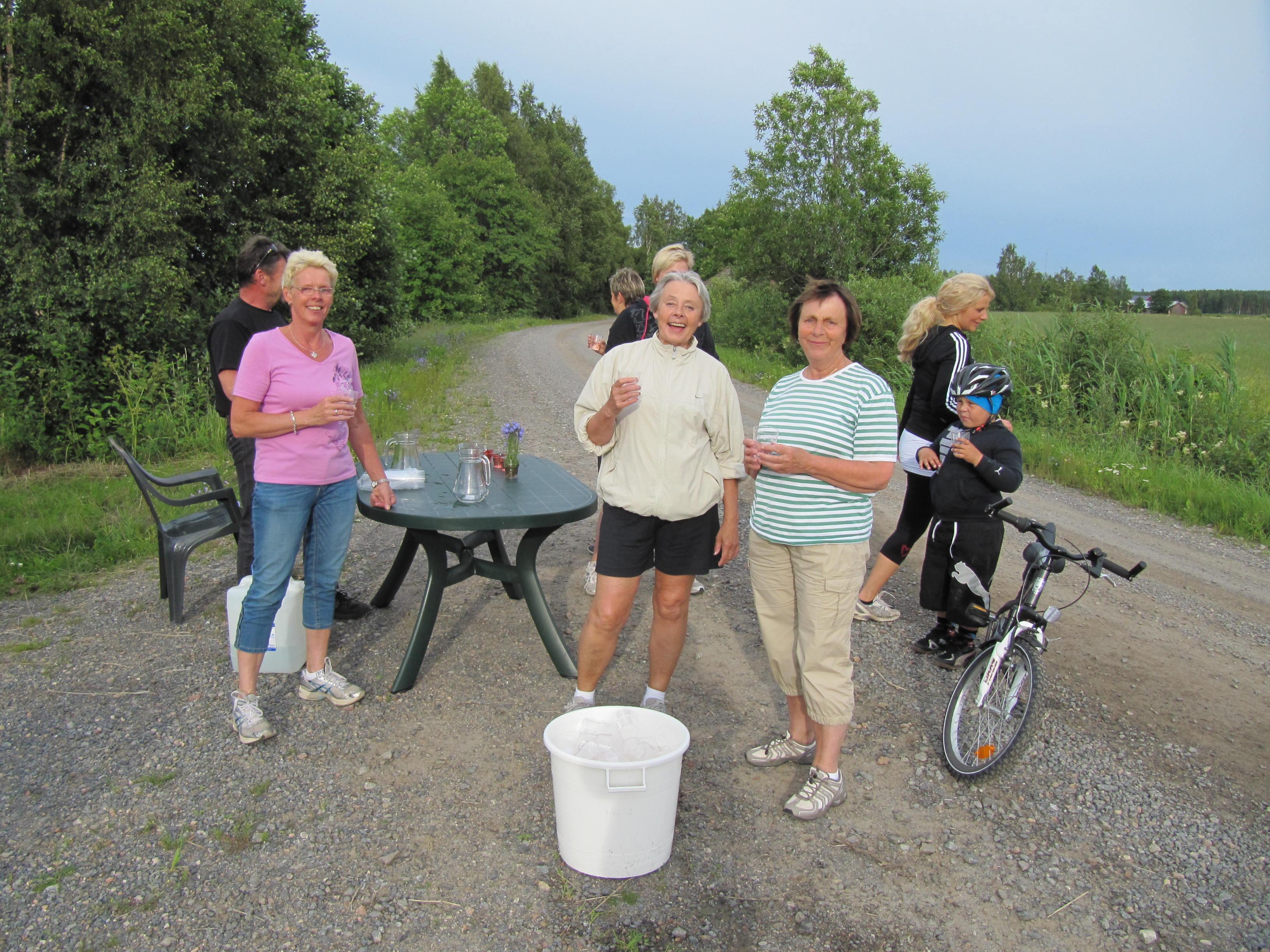 Saftkontrollen som undantagsvis år 2012 fanns på Sunnantillvägen nära Norrvikas gamla gård.