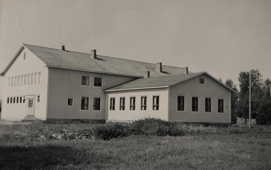 Dagsmark Ungdomsförenings lokal fotograferad från öster.